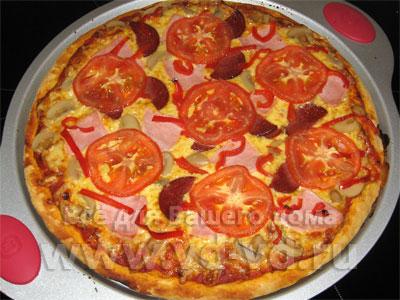 пицца с грибами и помидорами и колбасой рецепт фото