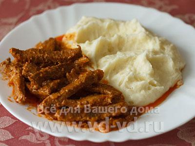 бефстроганов из курицы с томатной пастой рецепт с фото