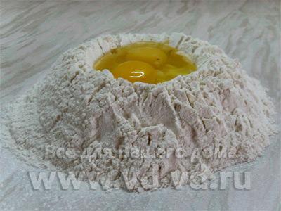 Тесто для лазаньи, мука и яйца