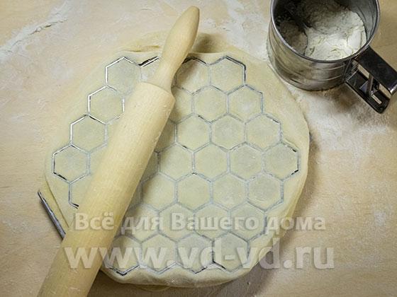 Тесто для пельменей с маслом с фото